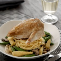 Chicken With Soy Noodles and Vegetable Medley